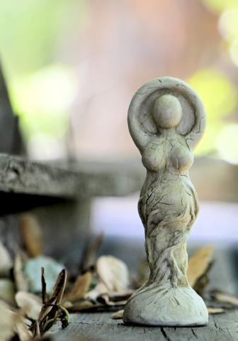 statue-1405539_1920